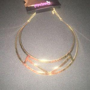 🌸 Aztec choker necklace 🌸